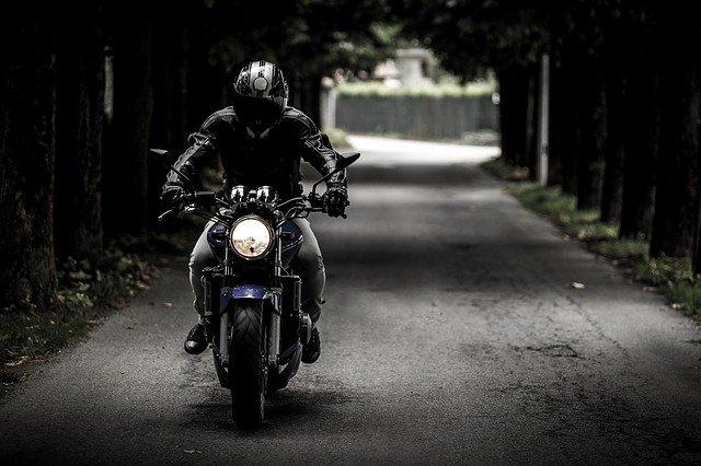 guanti moto